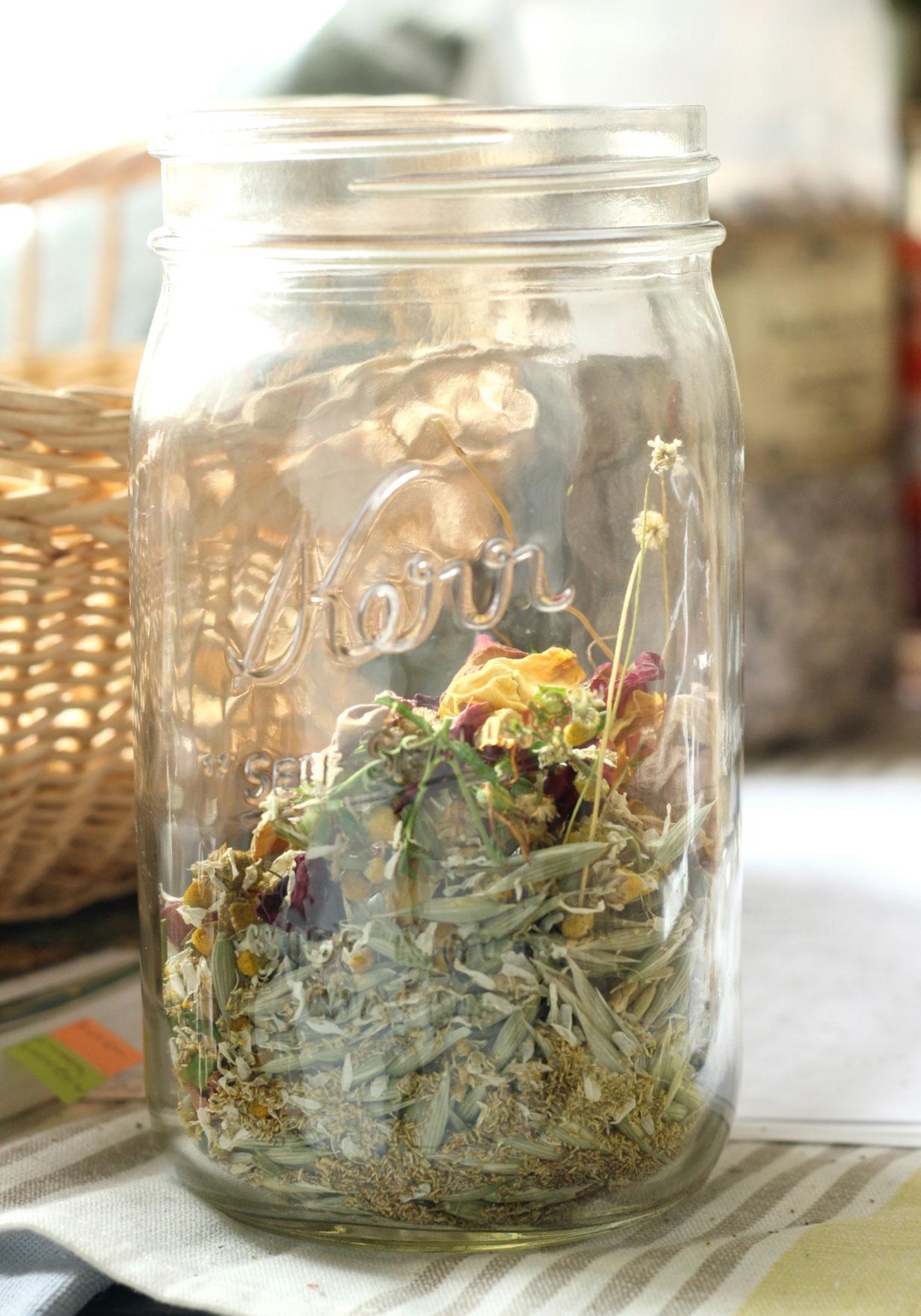 herbal-sjw-tea