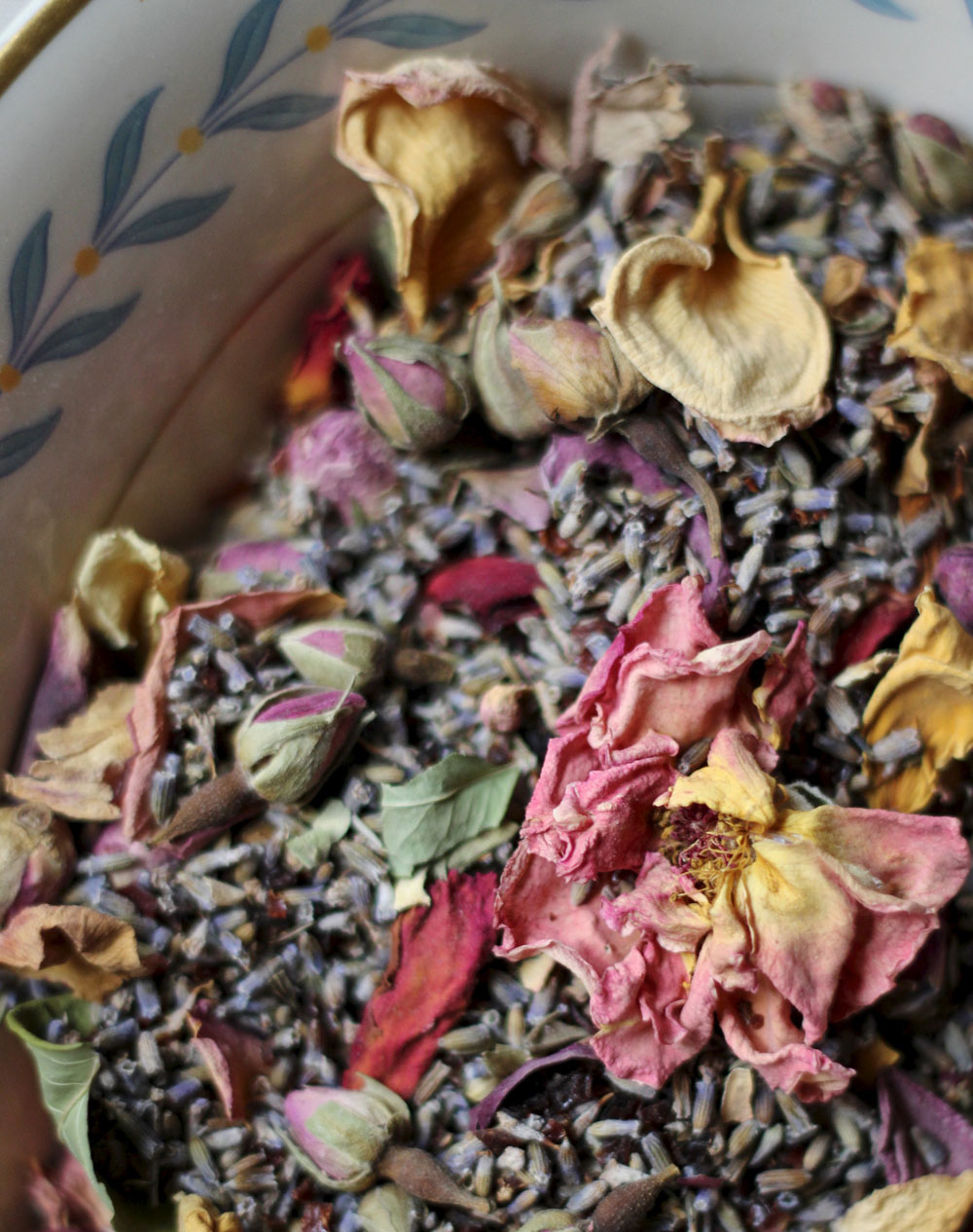 rose-and-lavender-tea-2