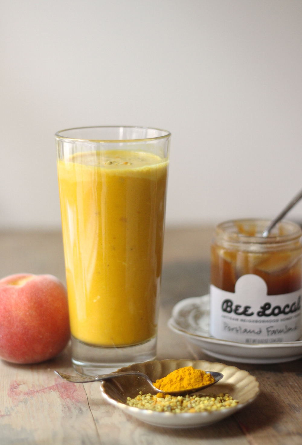 golden milk smoothie 1